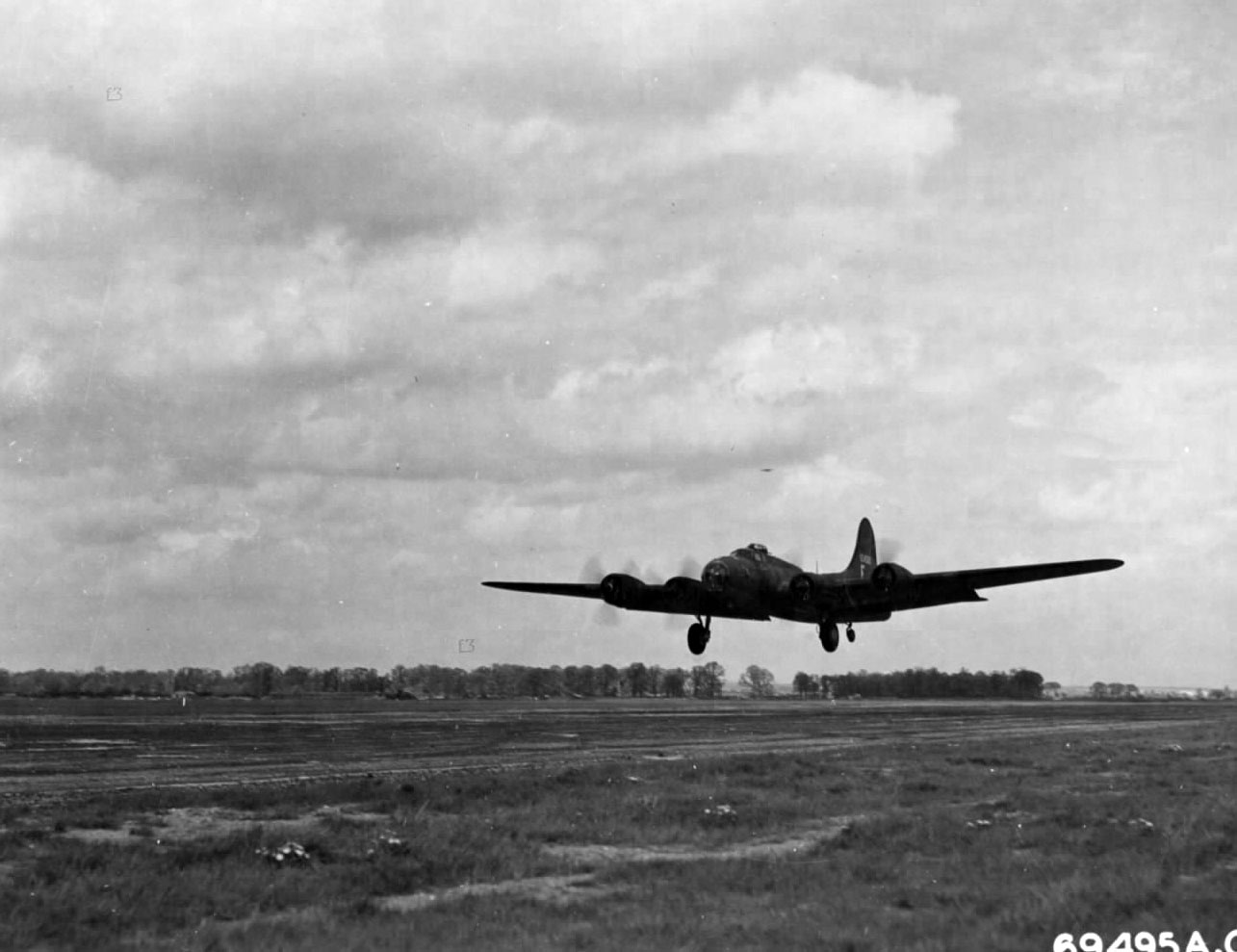 B-17 #41-24505 / Quitchurbitchin