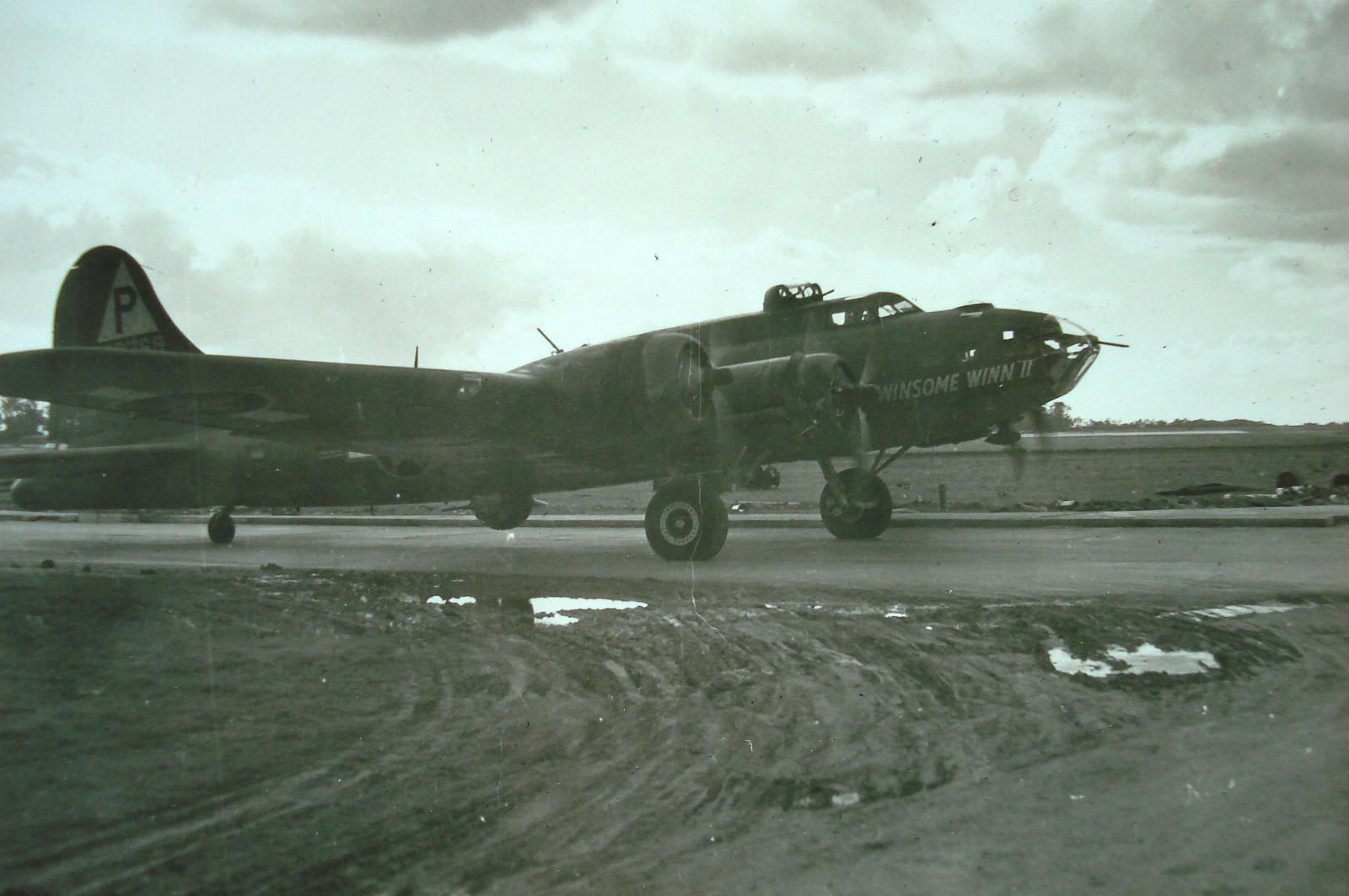 B-17 #42-29768 / Winsome Winn II