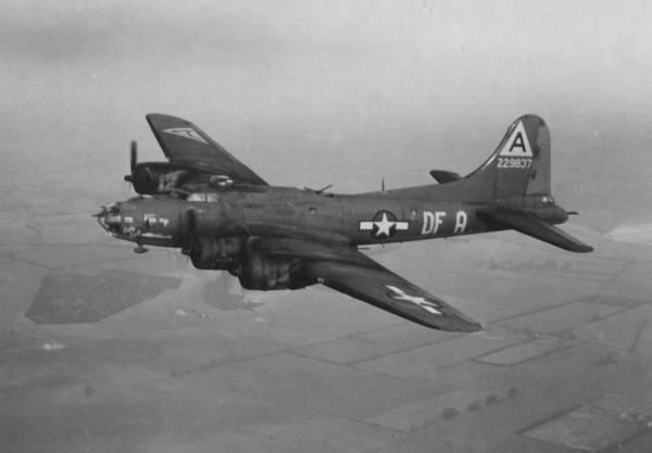 B-17 #42-29837 / Lady Luck