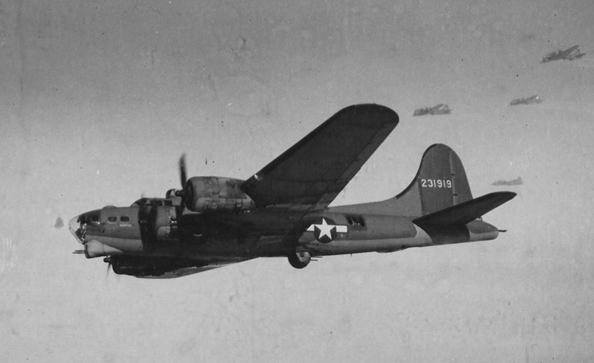 B-17 #42-31919 / Evanton Babe