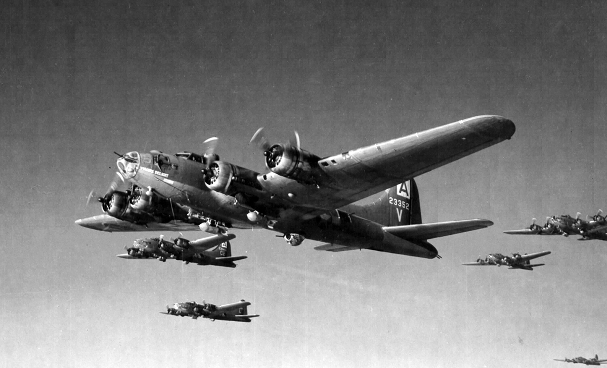 B-17 #42-3352 / Virgin's Delight