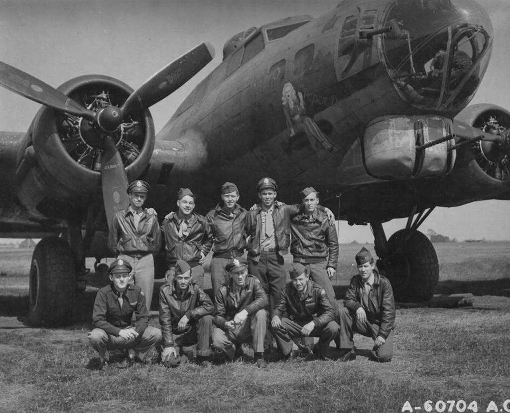 B-17 #42-3492 / Paper Doll