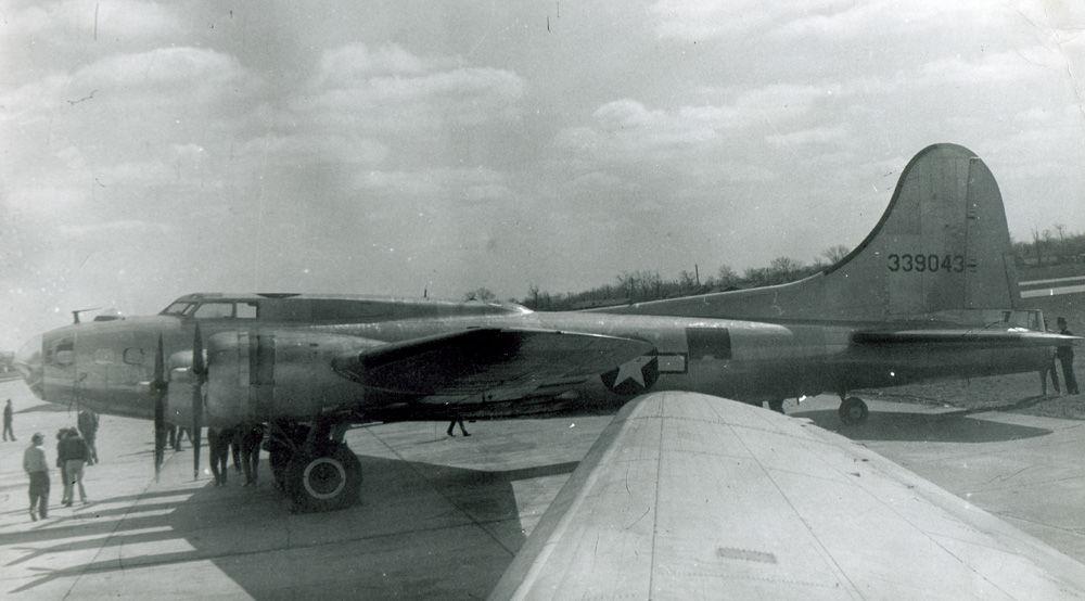 B-17 #43-39043