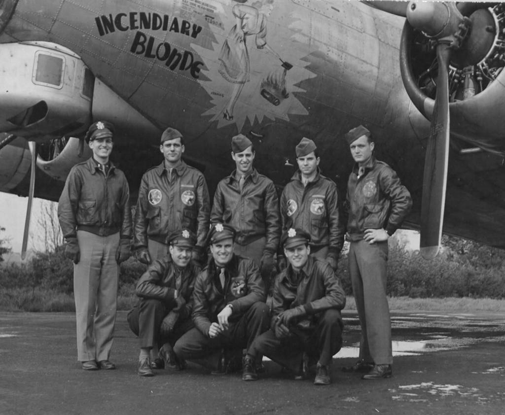 B-17 #44-6591 / Incendiary Blonde