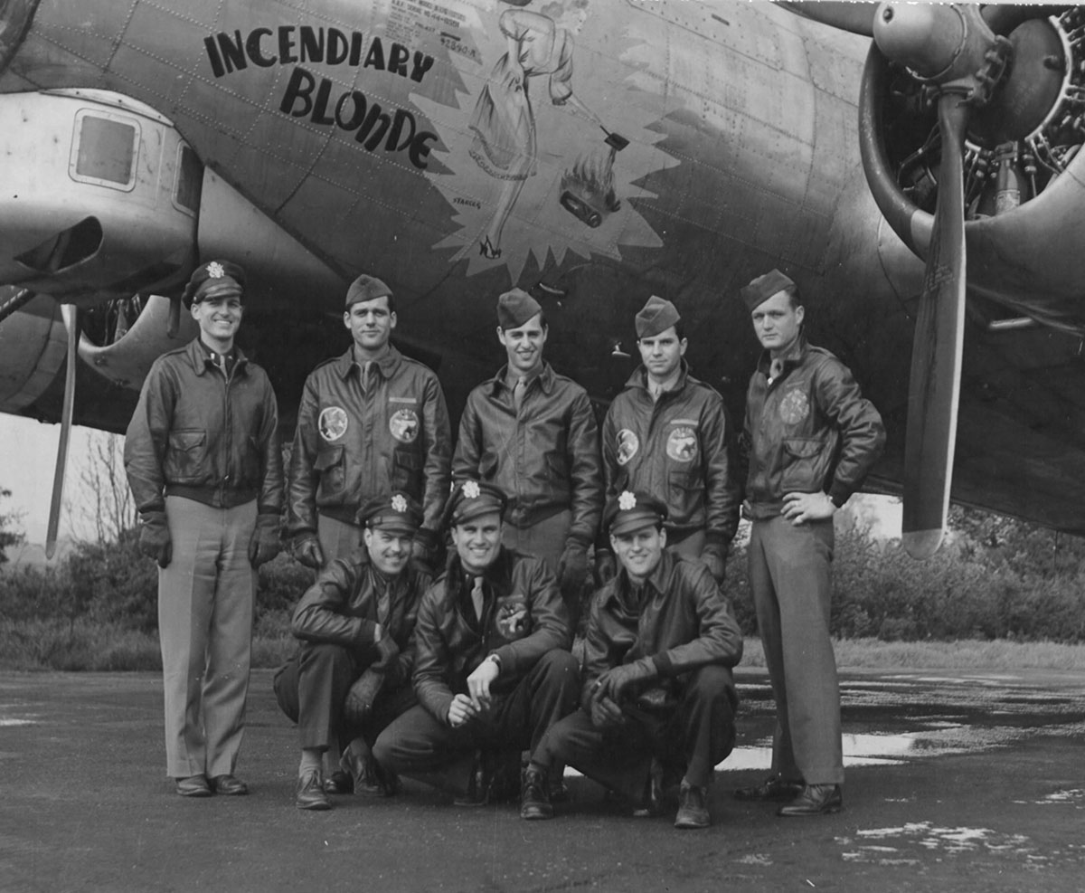 B-17 #44-6591 / Incendiary Blonde