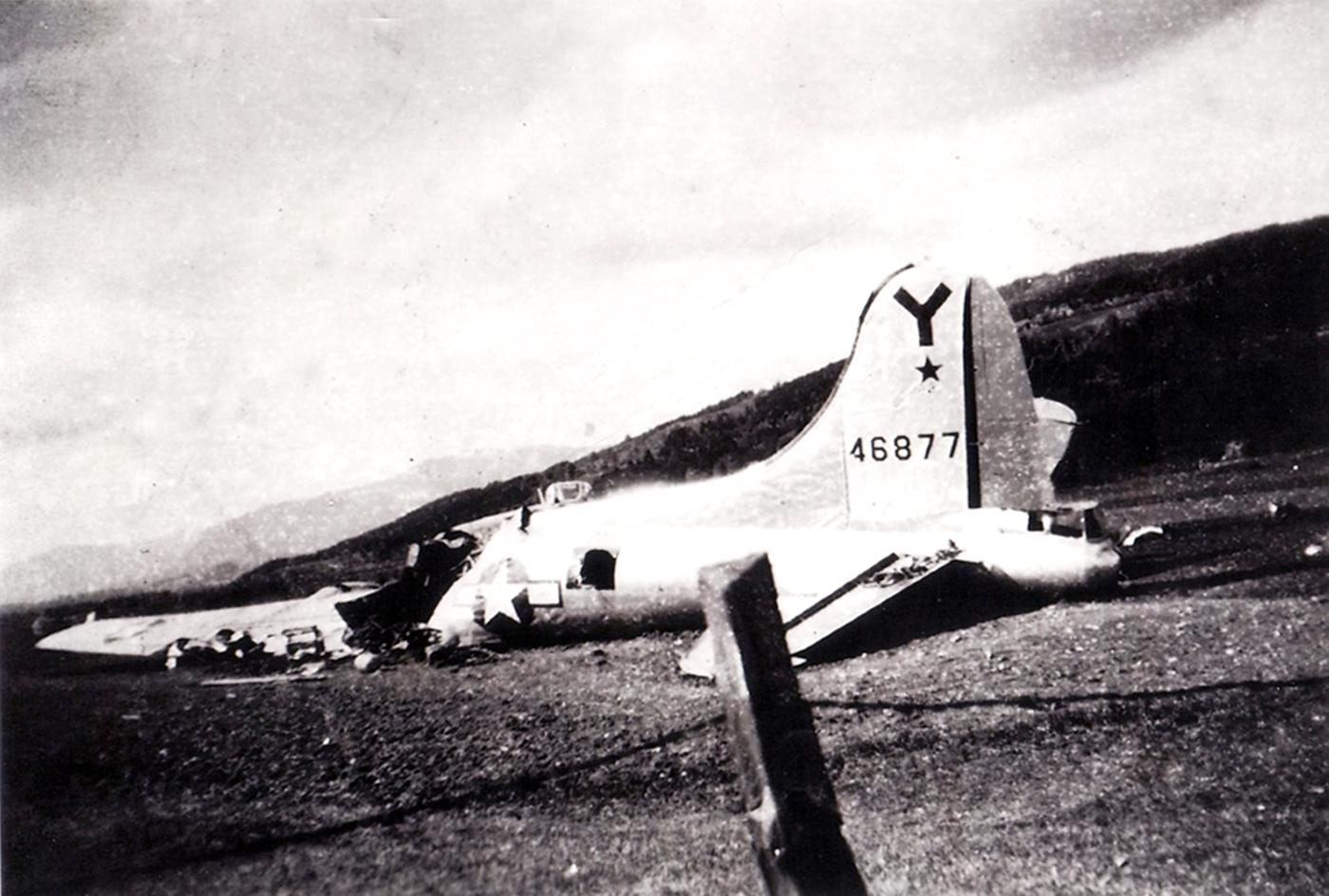B-17 #44-6877