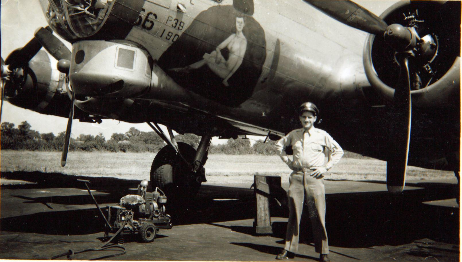 B-17 #44-8256 / Yankee Girl