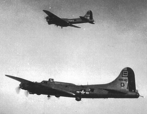 B-17 #44-8640 / Section 8