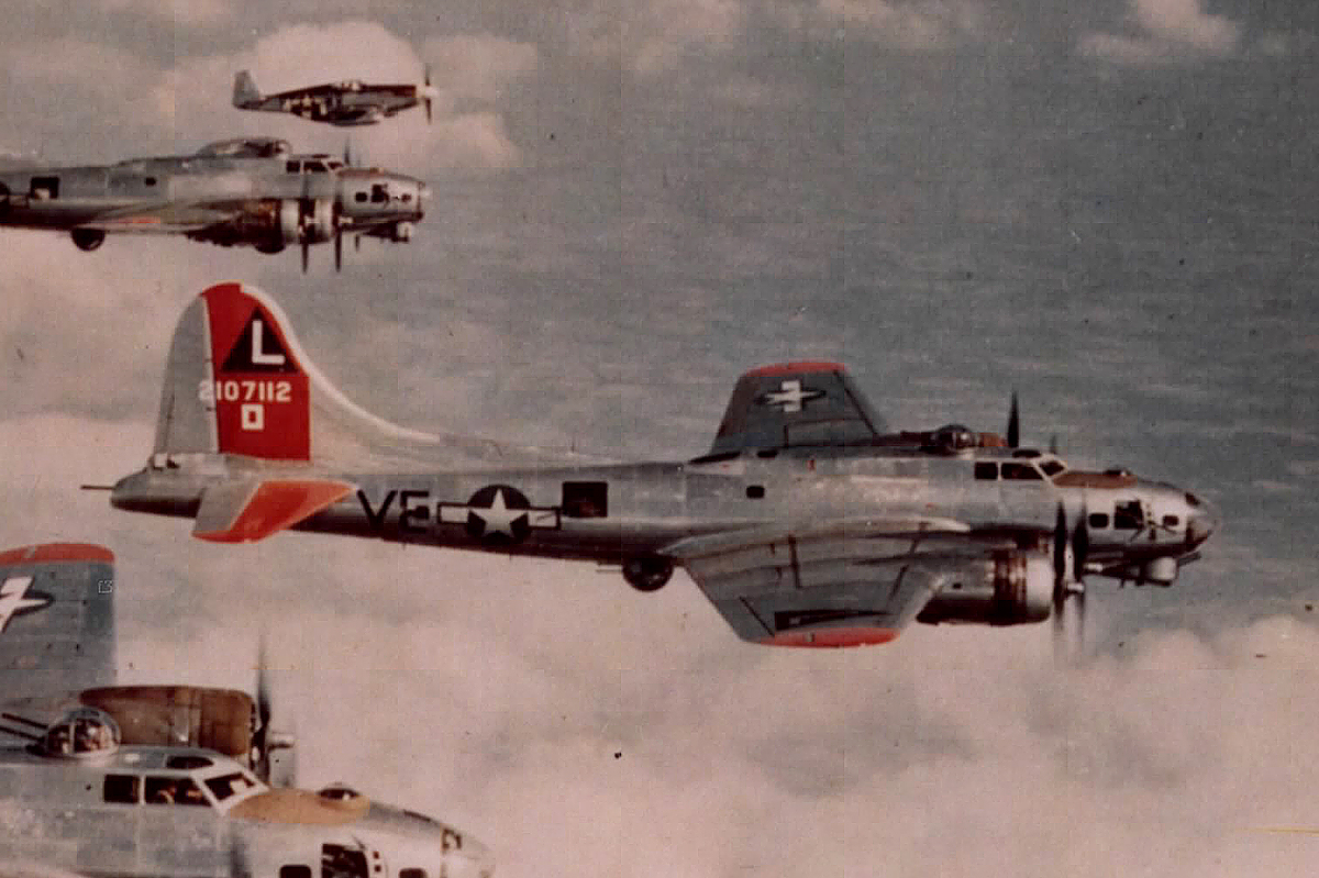 B-17 #42-107112 / Sleepy Time Gal