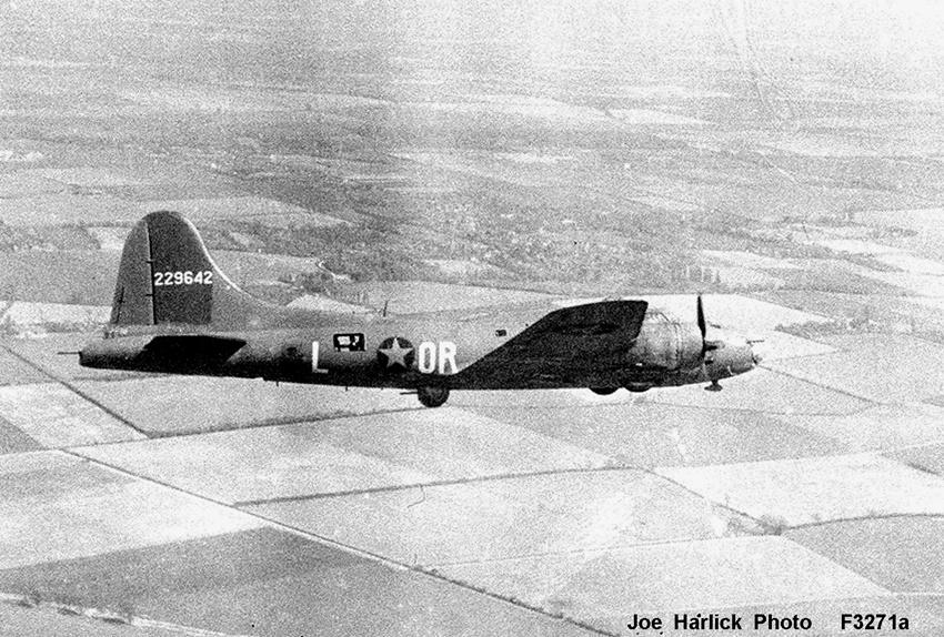 B-17 #42-29642 / Vulgar Virgin