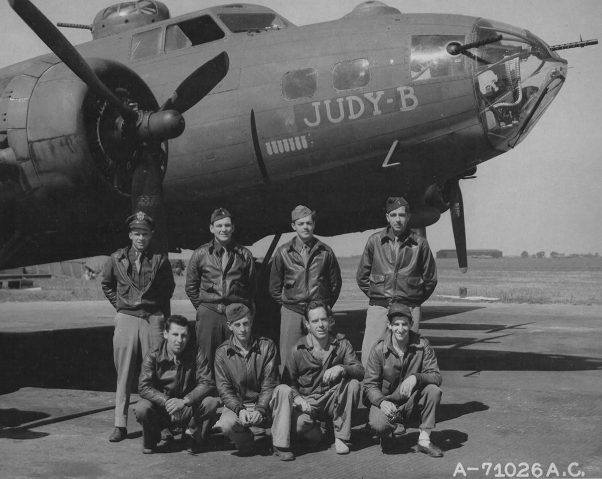 B-17 #42-29866 / Judy B