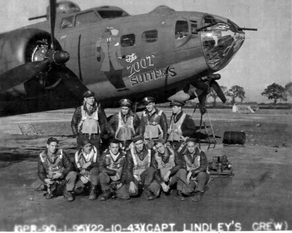 B-17 #42-30235 / The Zoot Suiters aka Strictly Zoot aka Lonesome Polecat