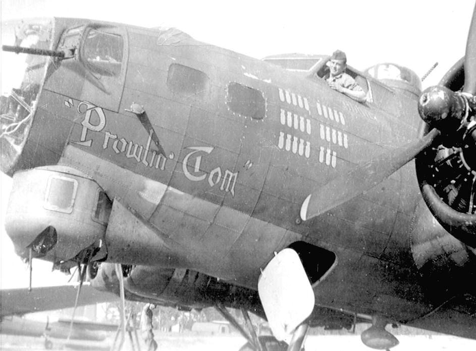 B-17 #42-31114 / Prowlin' Tom