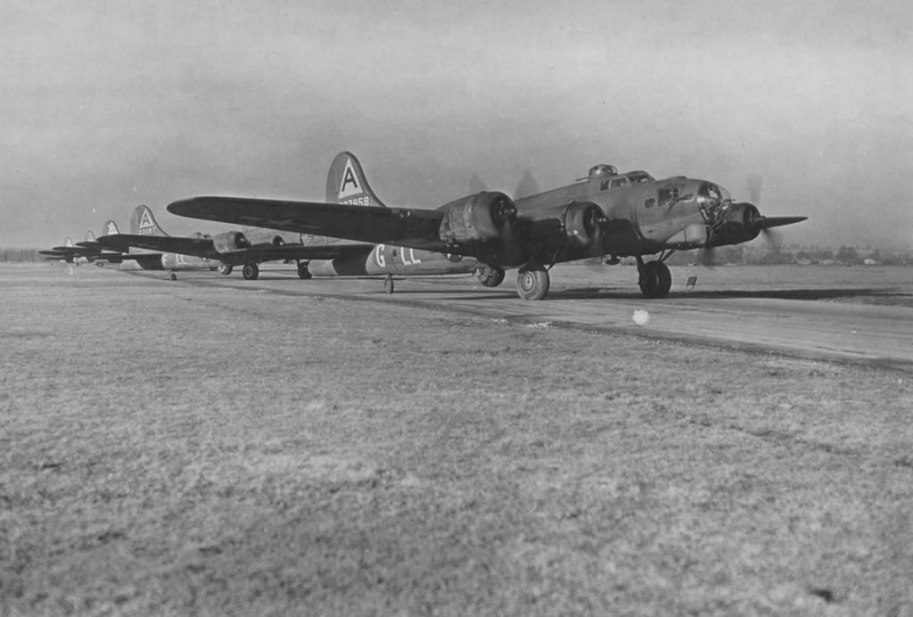 B-17 #42-37958 / Old Faithful