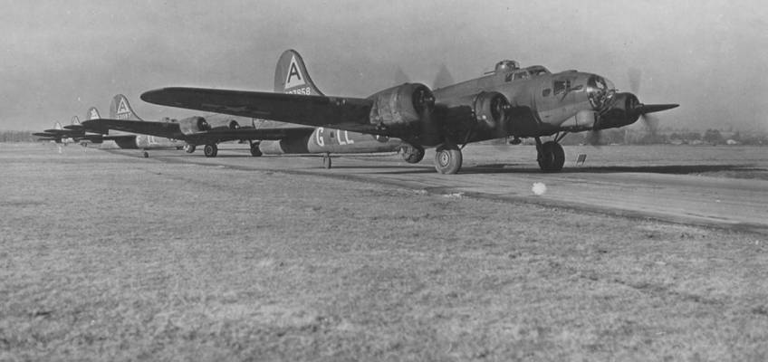 Boeing B-17 #42-37958 / Old Faithful