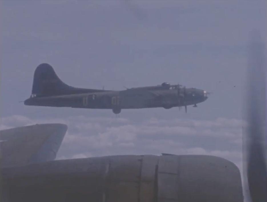 B-17 #42-5787 / Billie K.