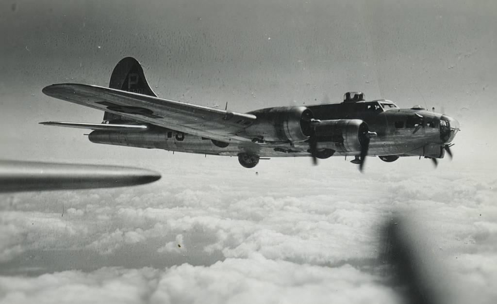 B-17 #42-97201 / Jamaica Mary
