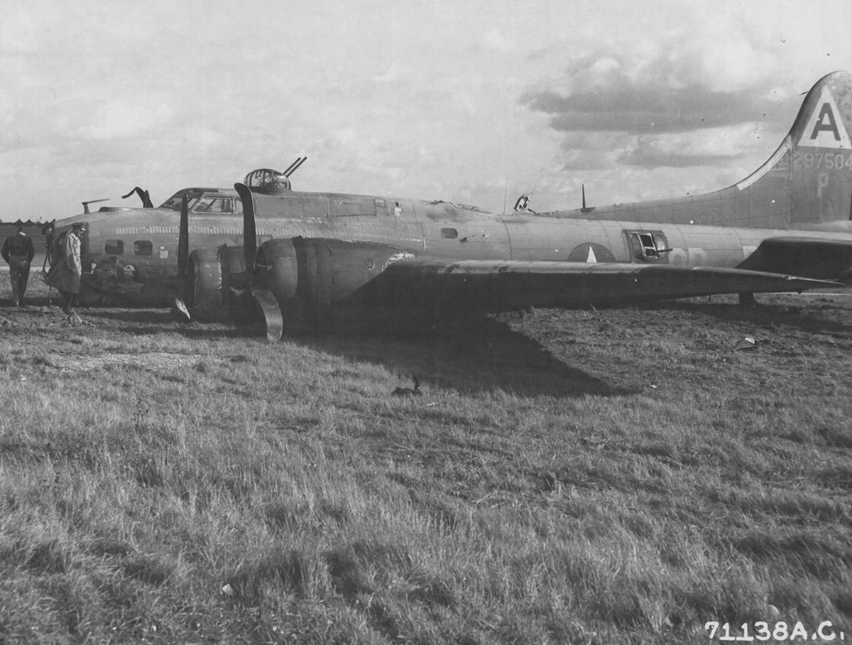 B-17 #42-97504 / Mary Lou