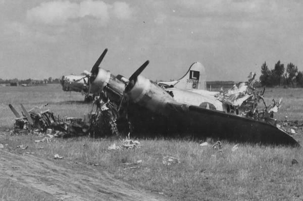 B-17 #43-37558