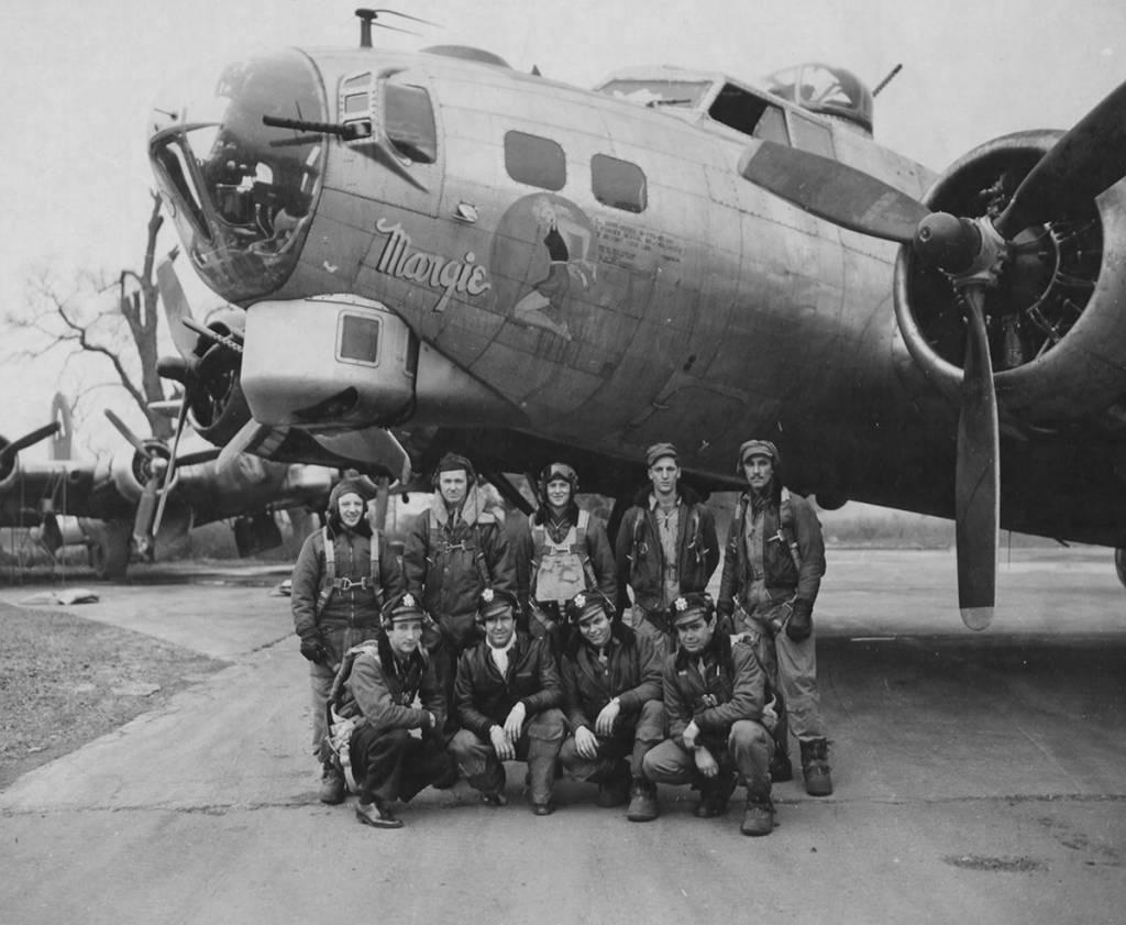 B-17 #43-38379 / Margie