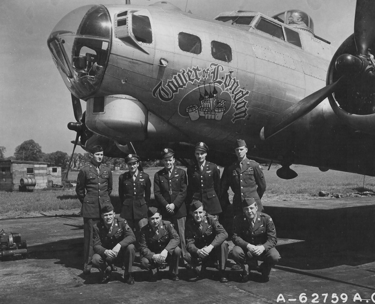 B-17 #44-8471 / Tower of London