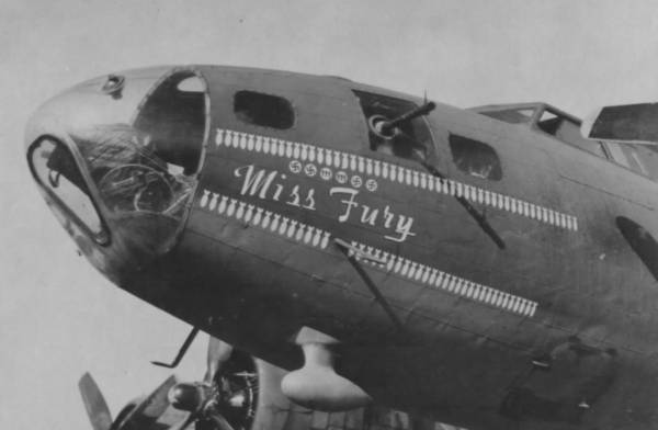 B-17 #42-29485 / Miss Fury