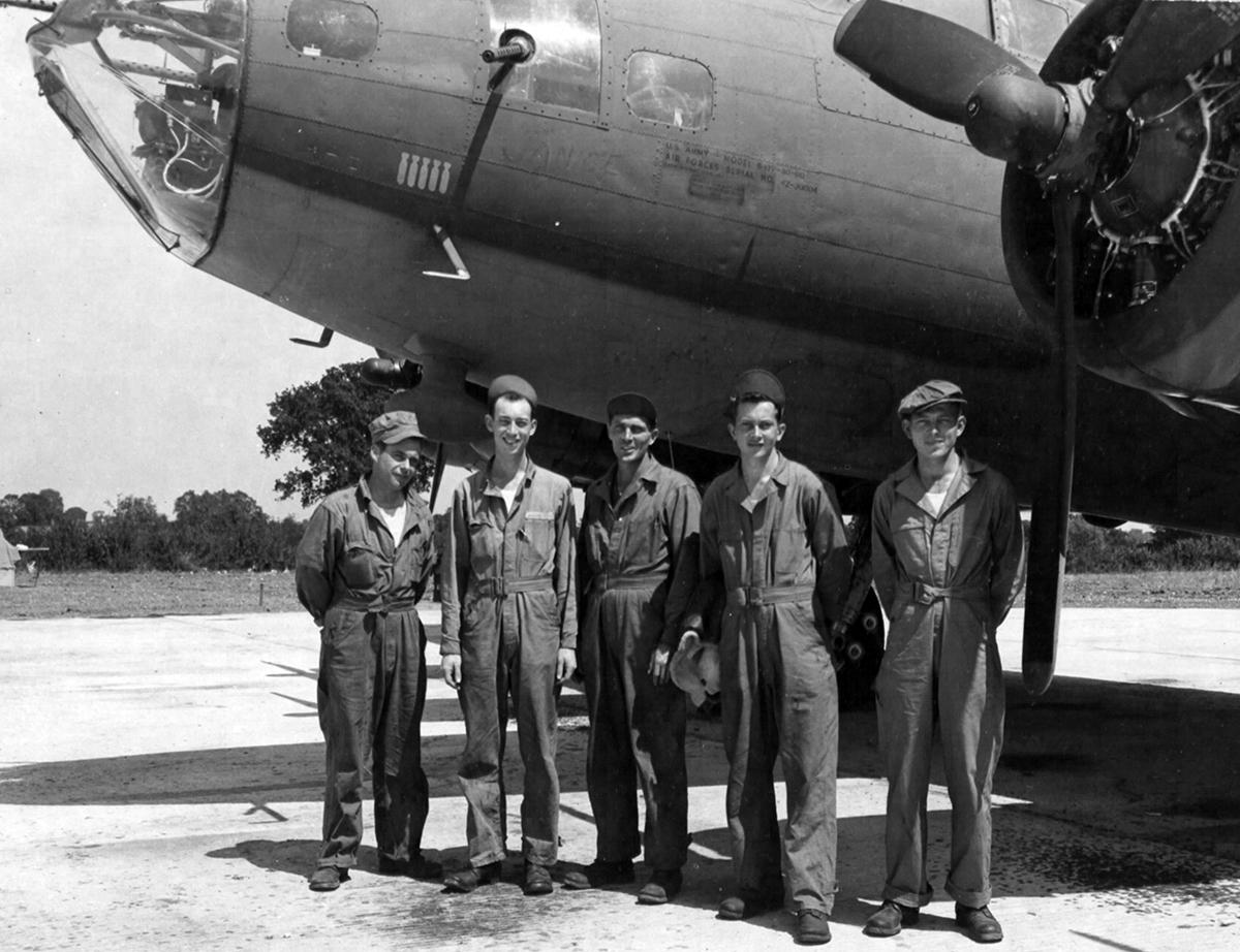 B-17 #42-30004 / Janice