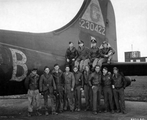B-17 #42-30422 / Any Time Annie