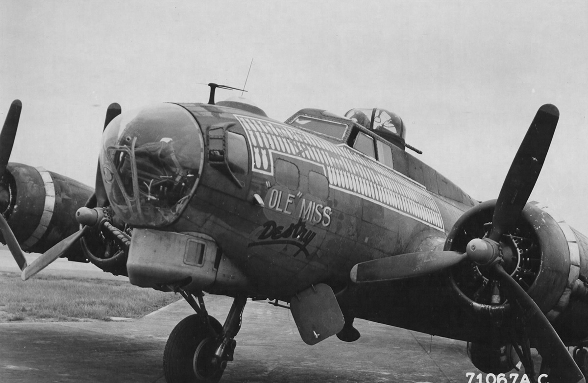 B-17 #42-31501 / 'Ole' Miss Destry aka Son of a Blitz