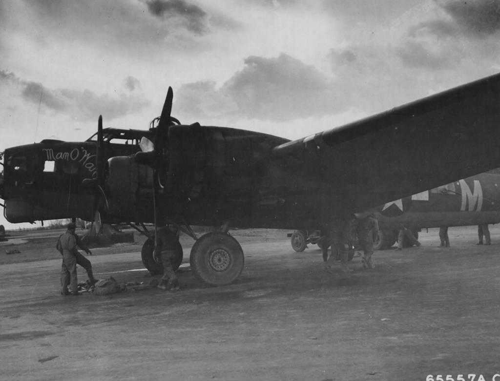 B-17 #42-38033 / Man O War