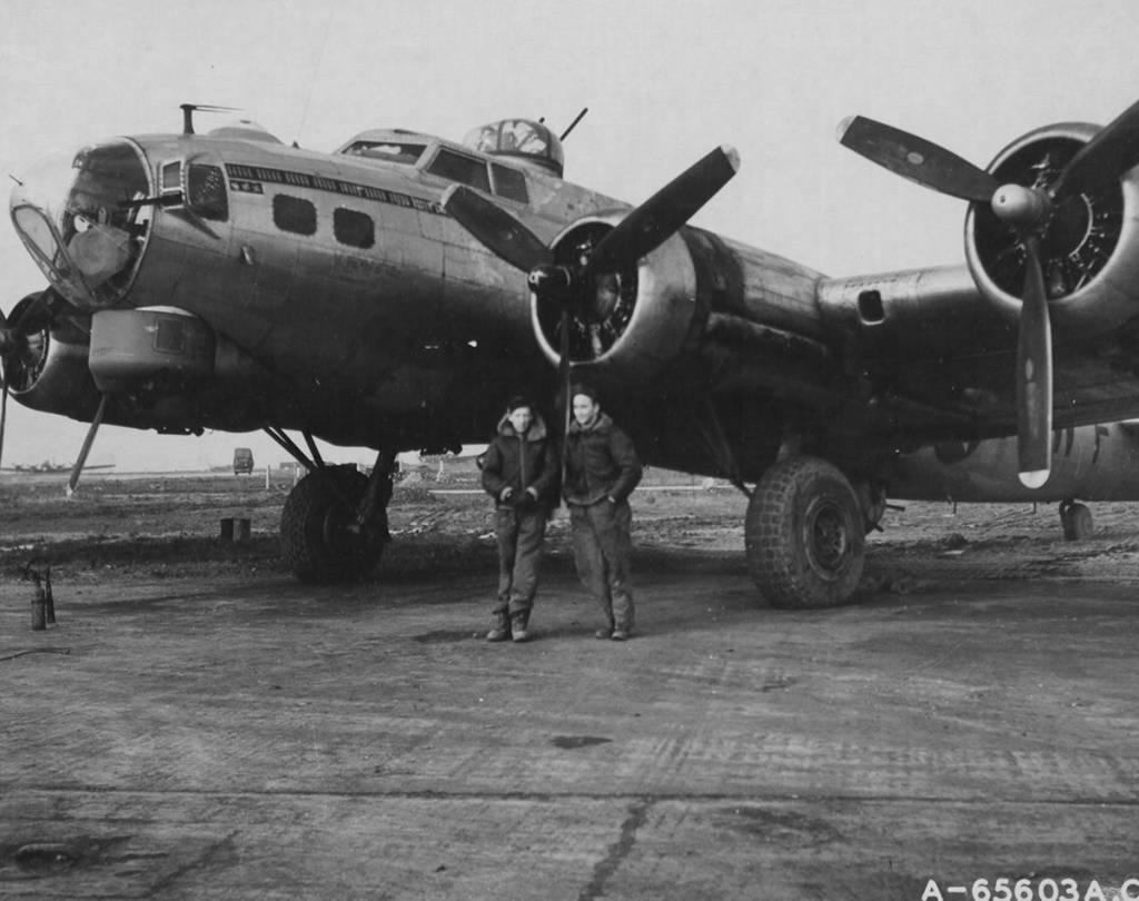 B-17 #42-97395 / Chute The Works