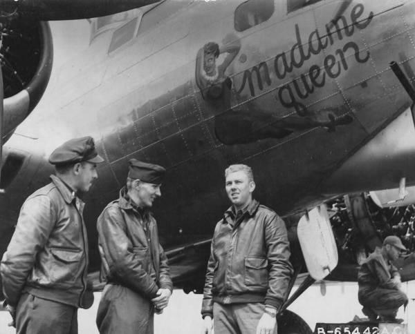 B-17 #42-97931 / Madame Queen