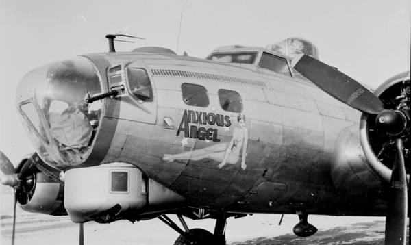 B-17 #43-38035 / Anxious Angel