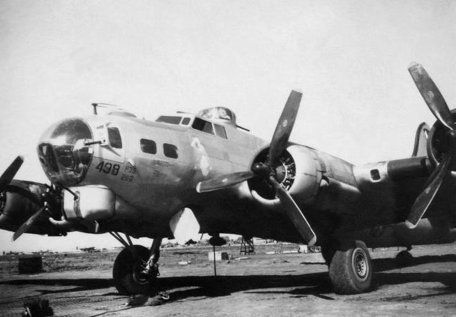 B-17 #44-8498 / Wheel Wagon