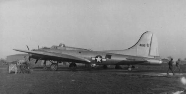 B-17 #44-8615 / Mary Lou