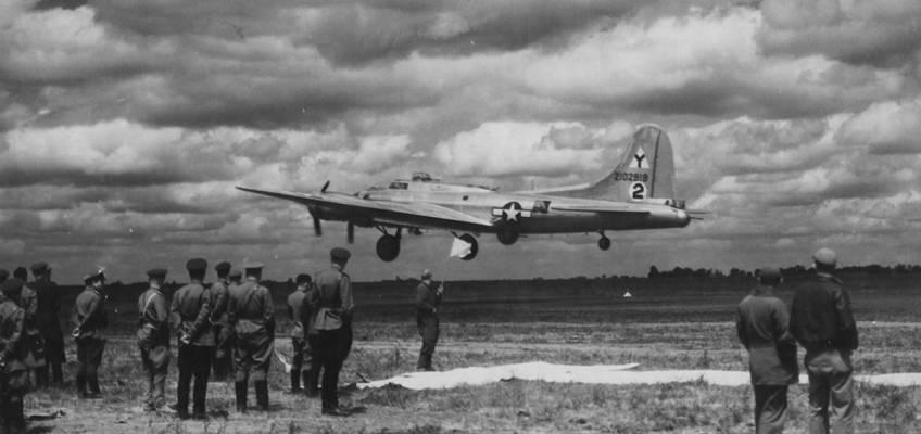 Boeing B-17 #42-102918 / Idiot's Delight