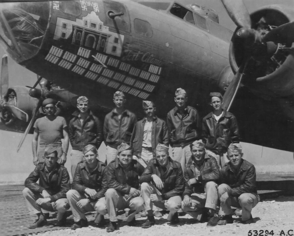 B-17 #42-29696 / Fort Alamo II