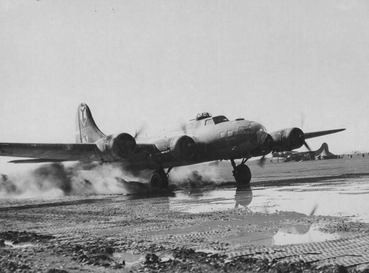 B-17 #42-29775 / Wongo