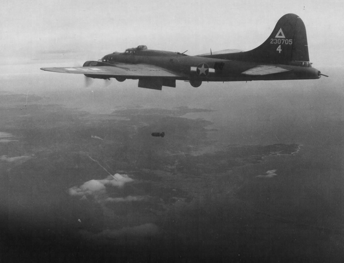 B-17 #42-30705 / Ther-N-Bak