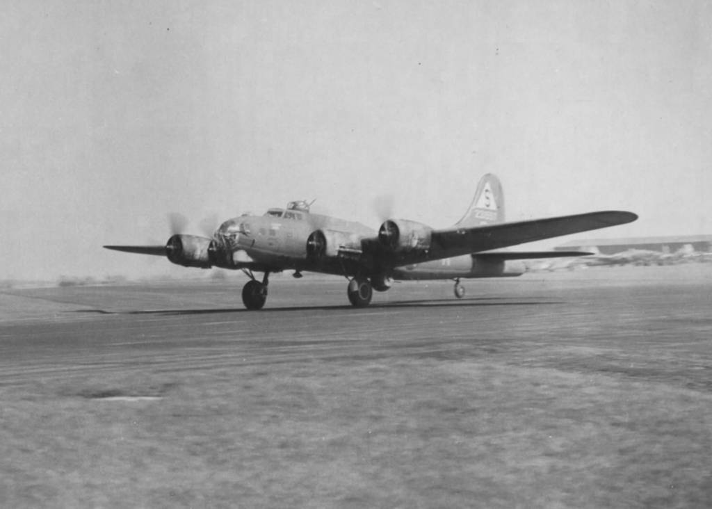 B-17 #42-31557