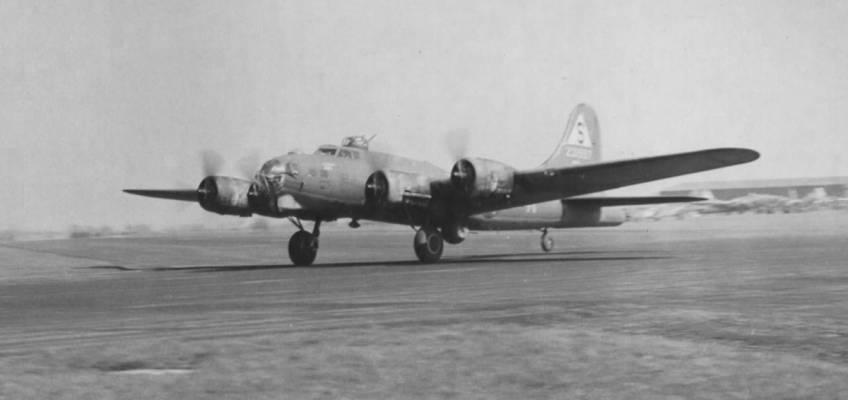 Boeing B-17 #42-31557