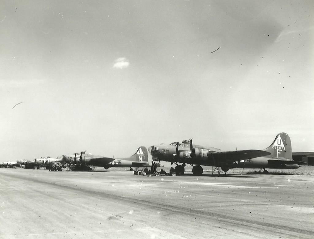 B-17 #42-38073 / Luck of Judith Ann