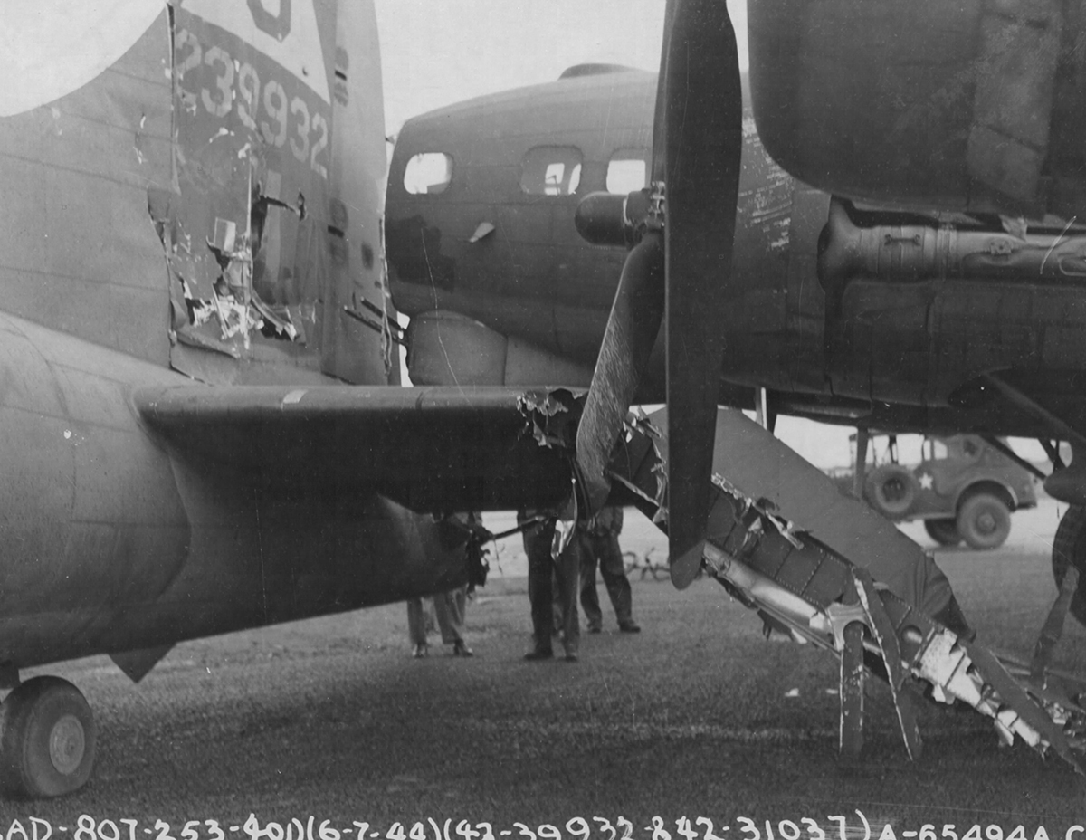 B-17 #42-39932 / Sweat 'er Out
