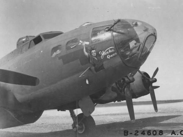 B-17 #42-5140 / Yankee Queen