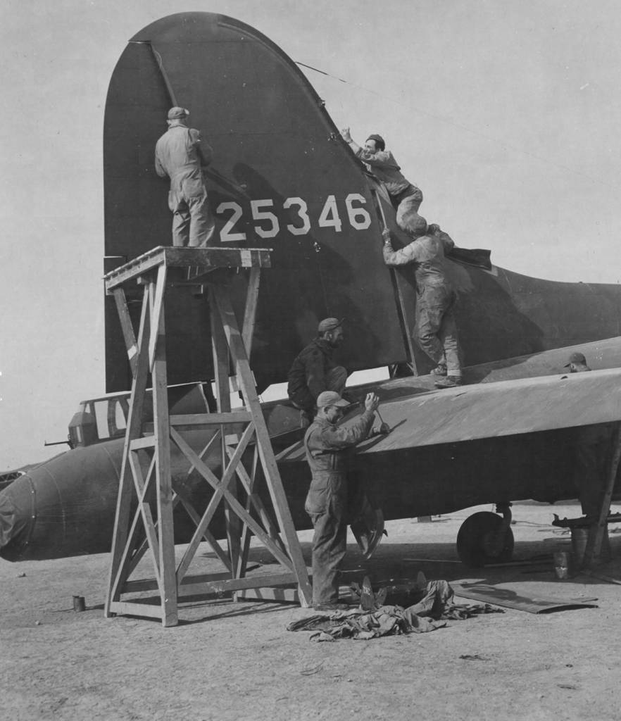 B-17 #42-5346 / The Reluctant Dragon