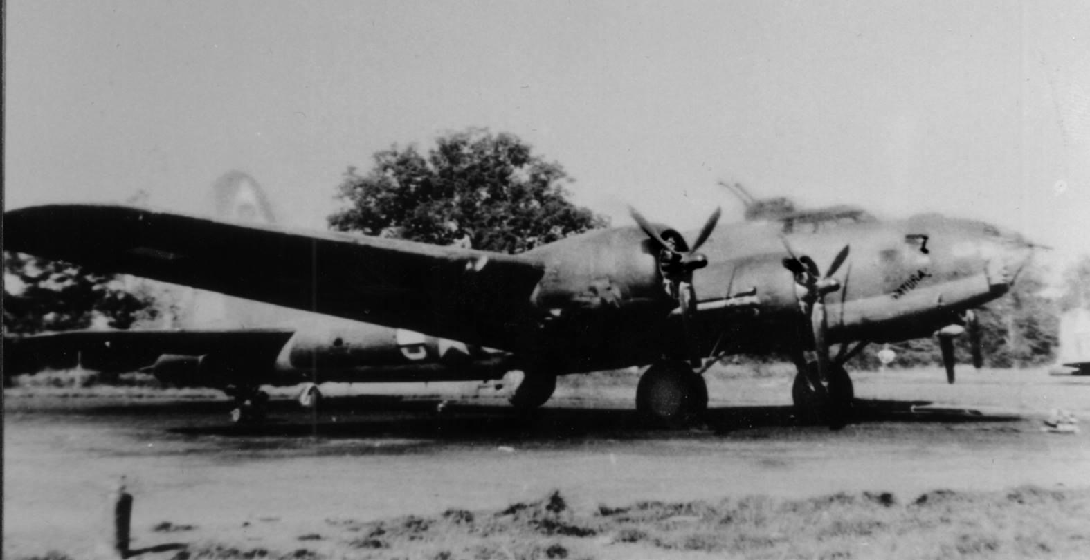 B-17 #42-5852 / The Natural