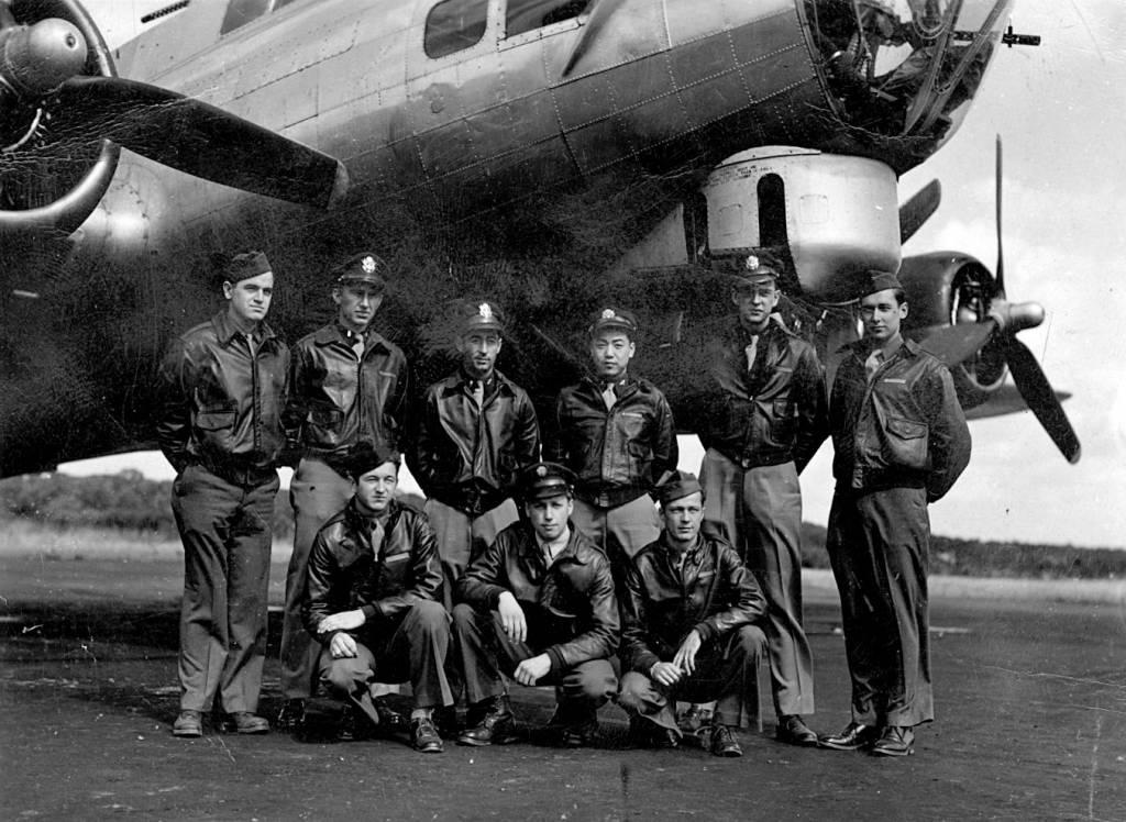 B-17 #42-97318 / Dinah Might