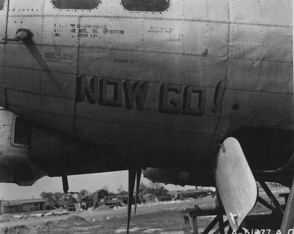 B-17 #42-97700 / No Go!