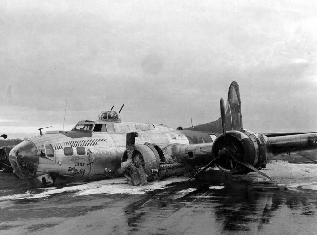 B-17 #42-97880 / Little Miss Mischief - 04 April 1945