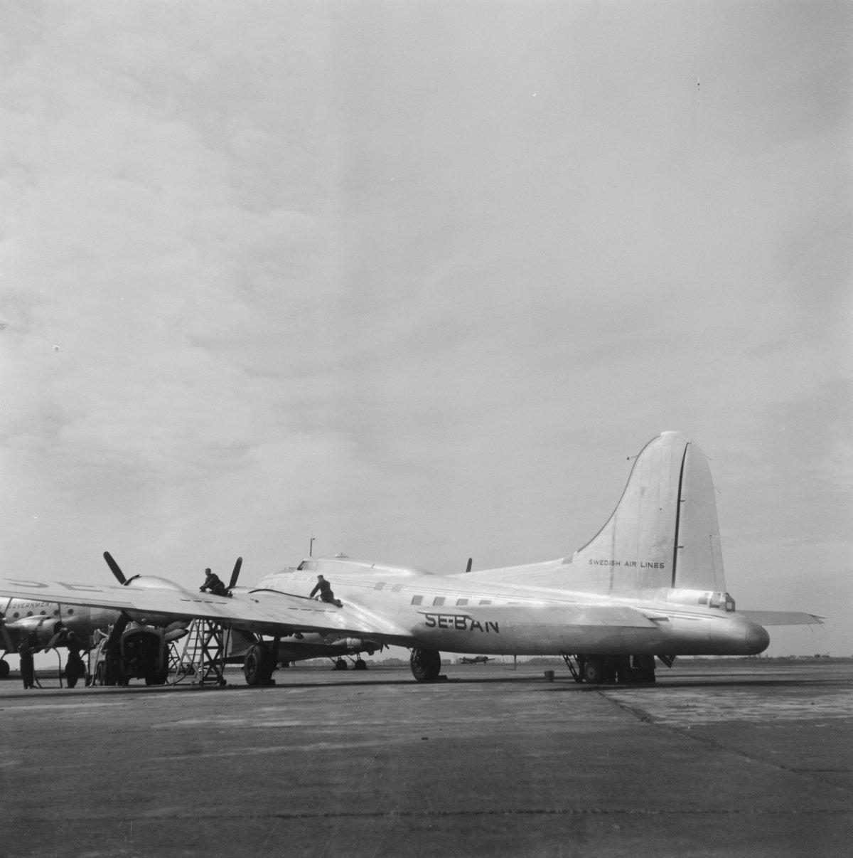 B-17 #42-3490